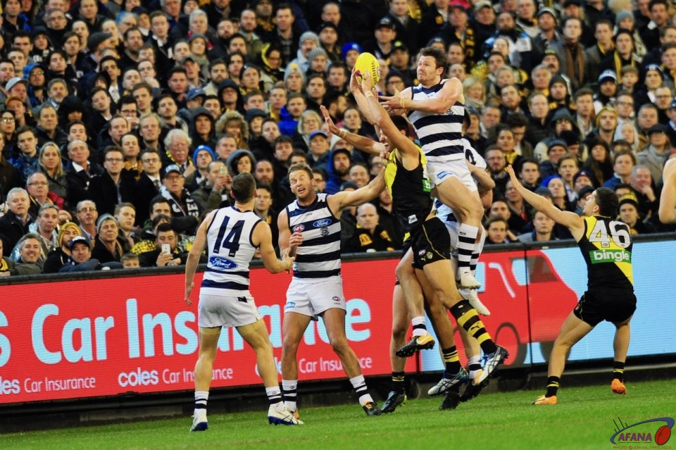 Dangerfield marks in his 200th game