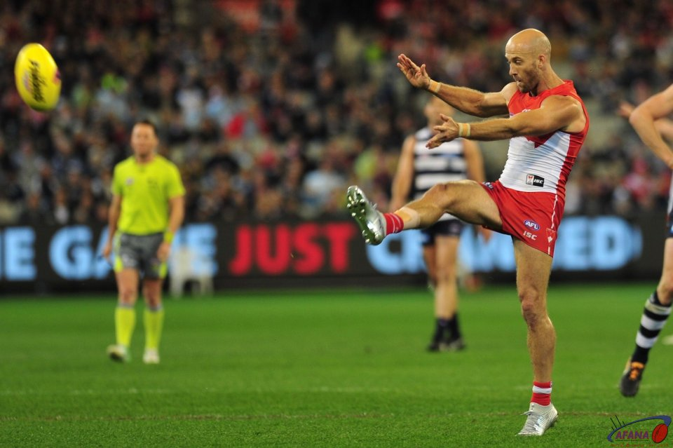 McVeigh scores in his 300th game of footy