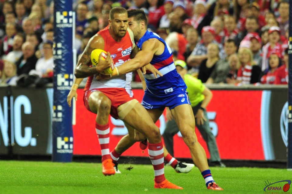 Buddy Franklin is caught by Marcus Adams