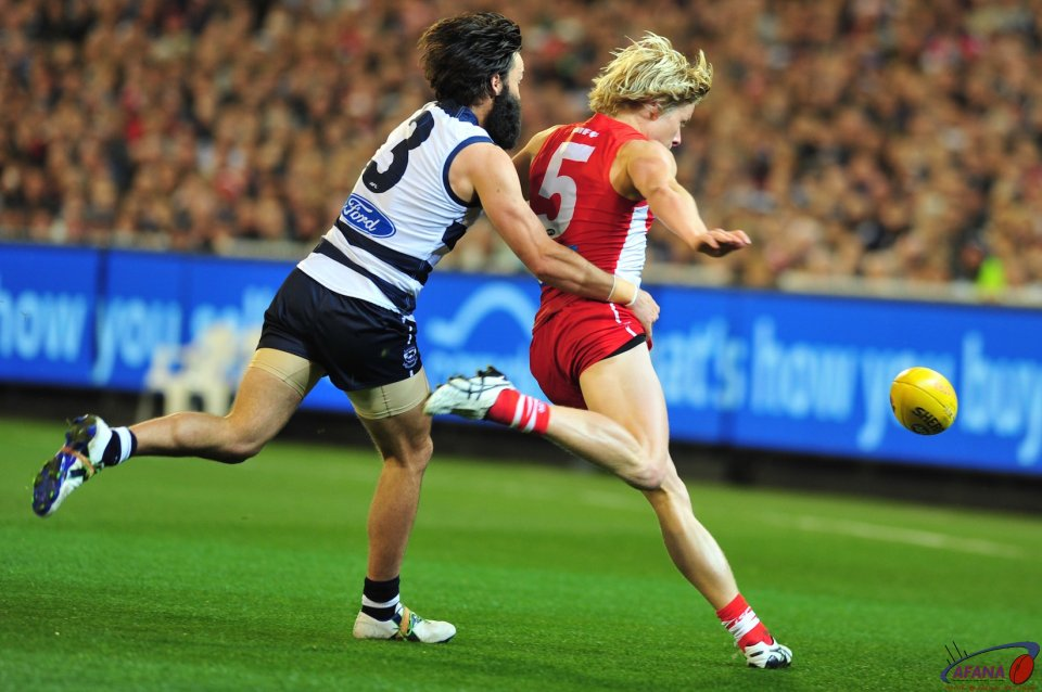 Bartel tackles Heeney