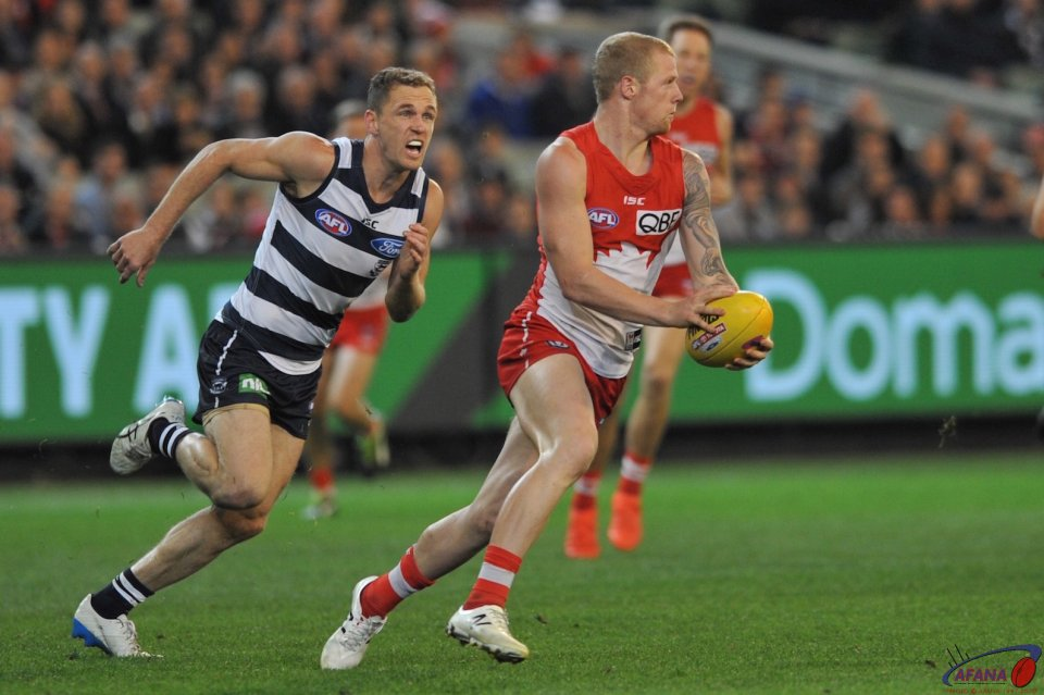 Smith burns Selwood