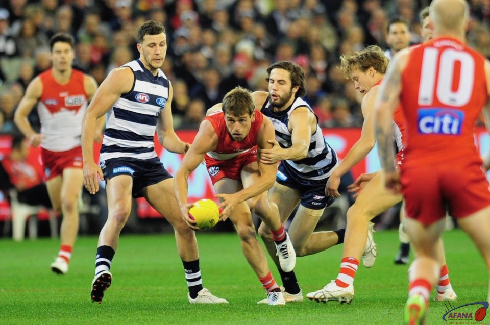 Parsons tackling for the Cats