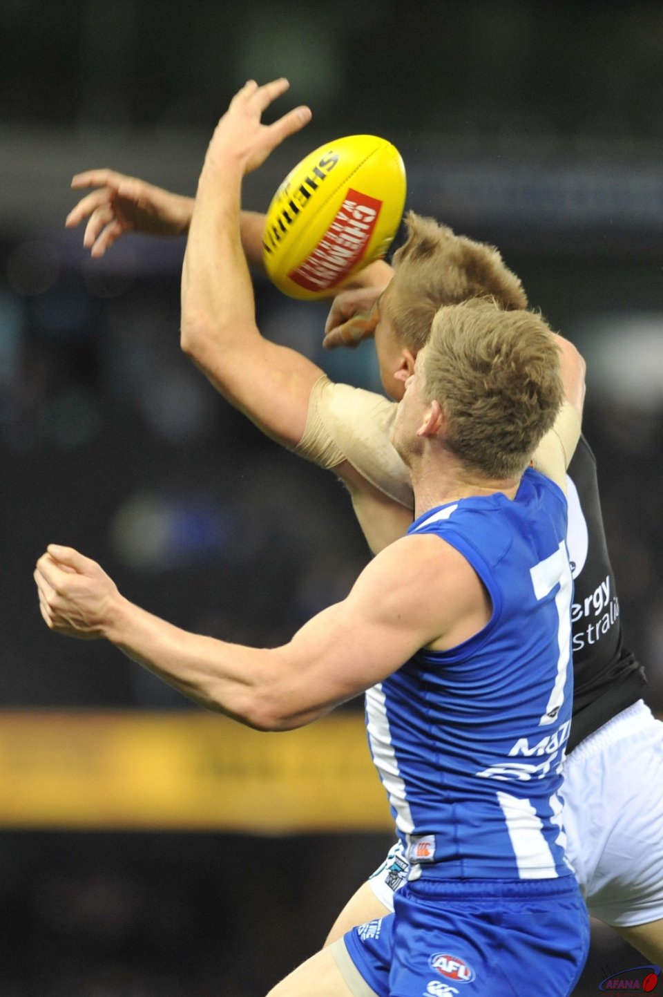 Robbie Gray and Jack Zeibell contest the ball