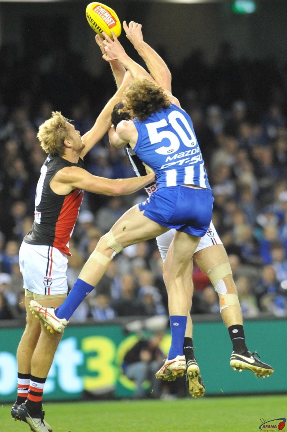 Ben Brown contests the ball against Dylan Roberton and Sam Gilbert