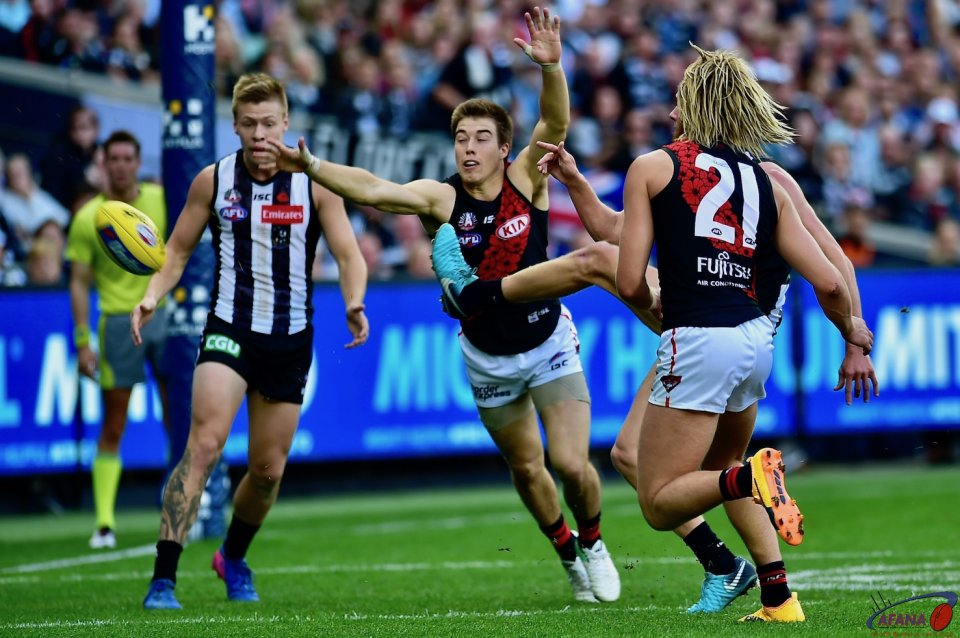 The Bombers frantic in defensive cant stop Stephenson scoring